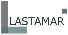 Logo van Lastamar laswerken, strakke letters, kleuren donkergrijs en donker eucalyptus groen